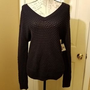 A new day V neck mesh sweater!